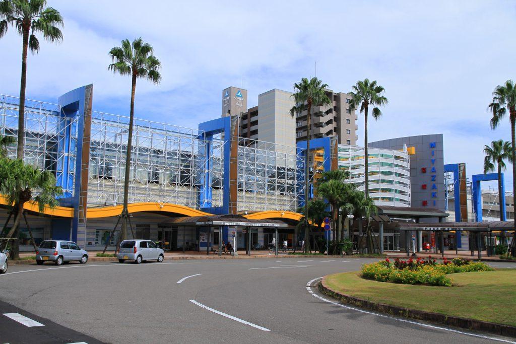 miyazaki_station_west_entrance_1