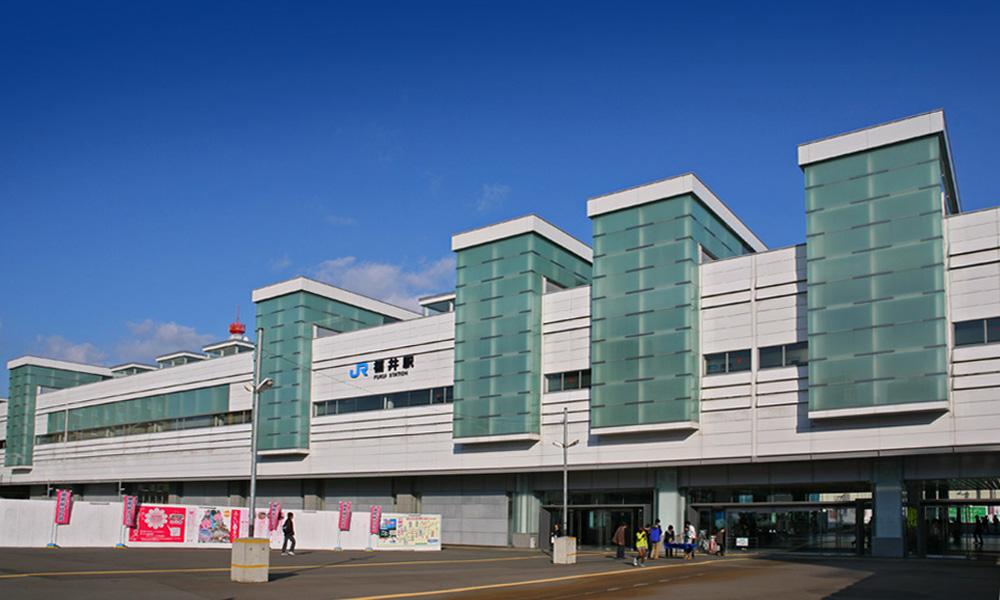 jr_west_fukui_station_001