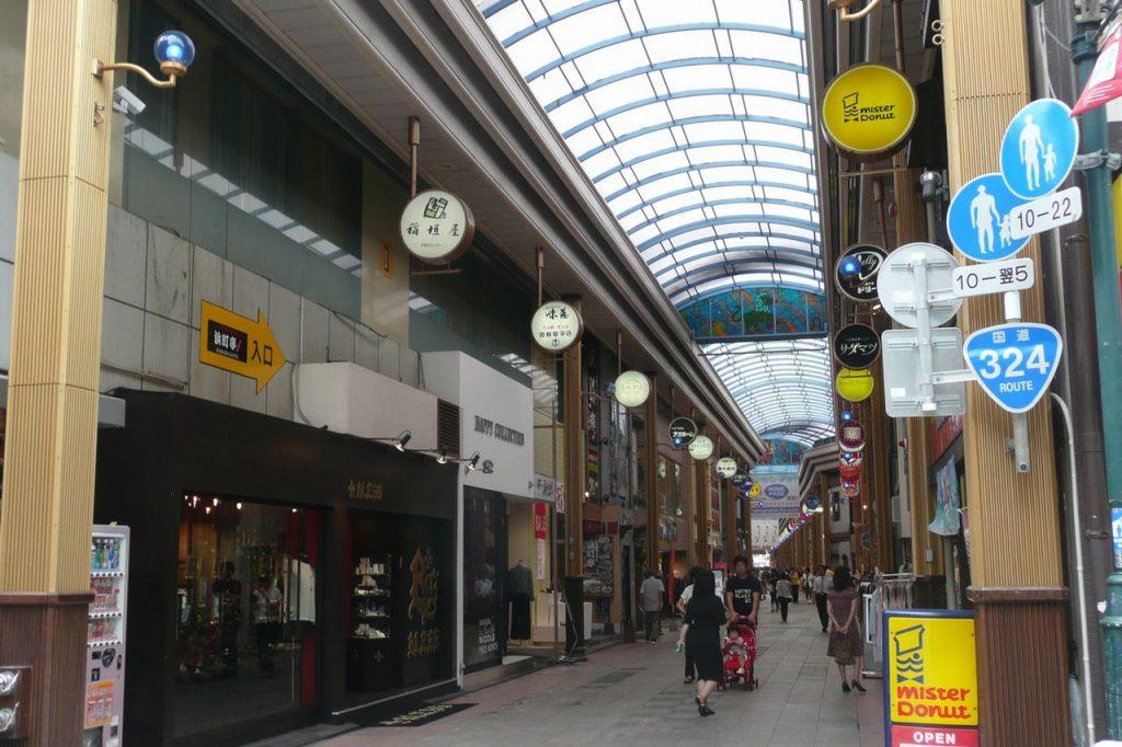 1280px-hamanmachi_nagasaki_eastside_200809