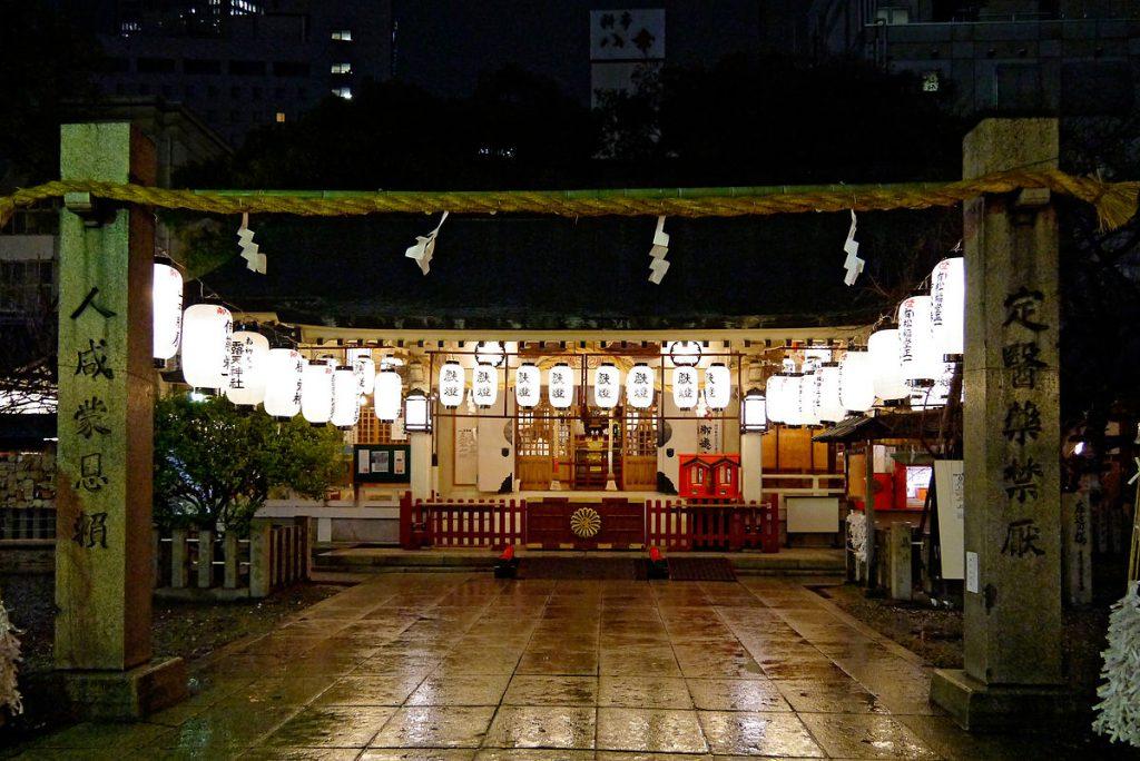 tsuyu-tenjinsha_osaka_japan01-r